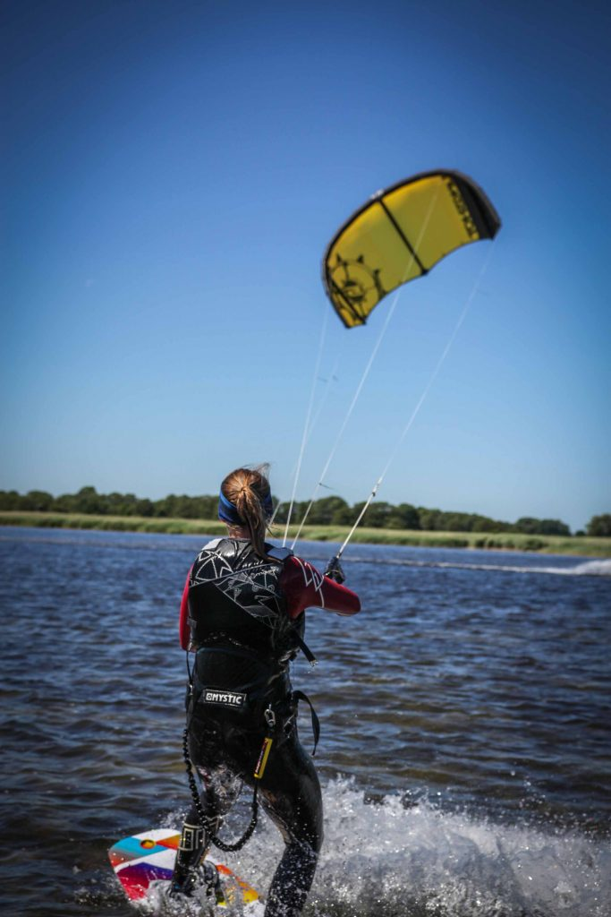 Z_in_action_Kitesurfen